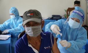 Miền Tây tăng tốc tiêm vaccine