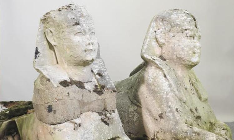 Cặp tượng nhân sư 5.000 năm bị nhầm là bản sao