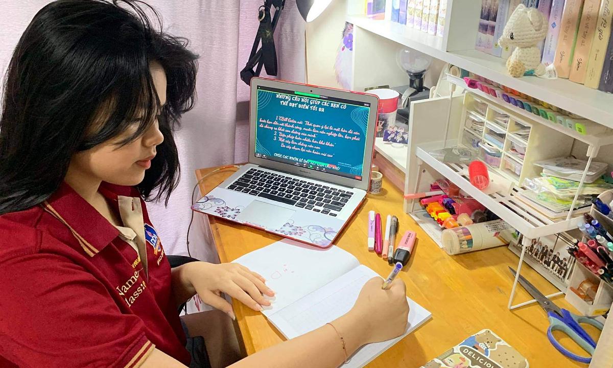 Thách thức mới với trường học: chống quay cóp khi thi online