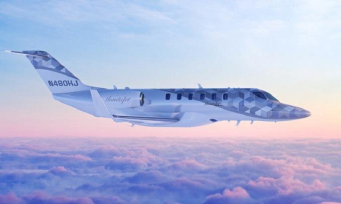 Máy bay phản lực hạng nhẹ có thể bay xuyên lục địa