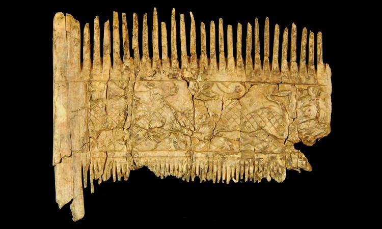 Chiến binh giàu có chôn cùng lược ngà 1.500 năm