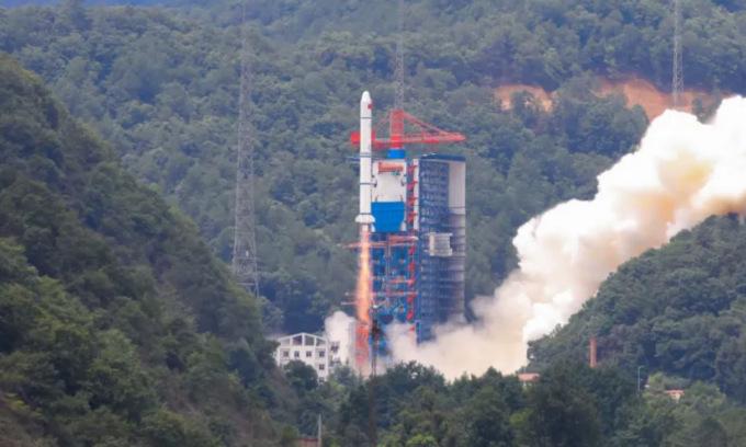 Trung Quốc thử đầu đạn siêu vượt âm khiến Mỹ bất ngờ