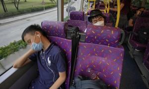 Chi 50 USD để ngủ trên xe bus