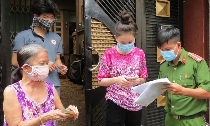 Hàng nghìn người TP HCM 'nhận nhầm' hỗ trợ đợt 3