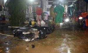 Ba người chết khi xe máy tông nhau